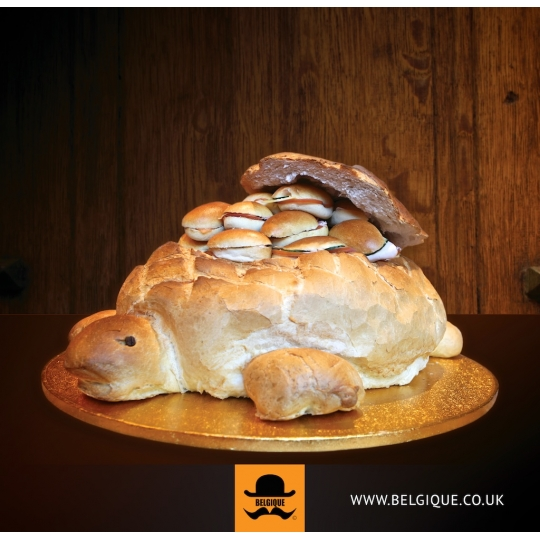 Surprise Turtle Bread with 35 rolls